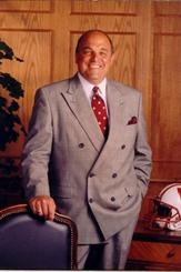 Photo of Barry Alvarez