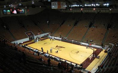 MBB: UW at Virginia Tech courtside blog